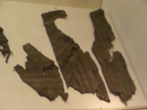 In the National Museum of Ireland, Dublin, there resides the remains of a c.1150-1190 quilted leather aketon* found at Cornmarket/Bridge St, Dublin
