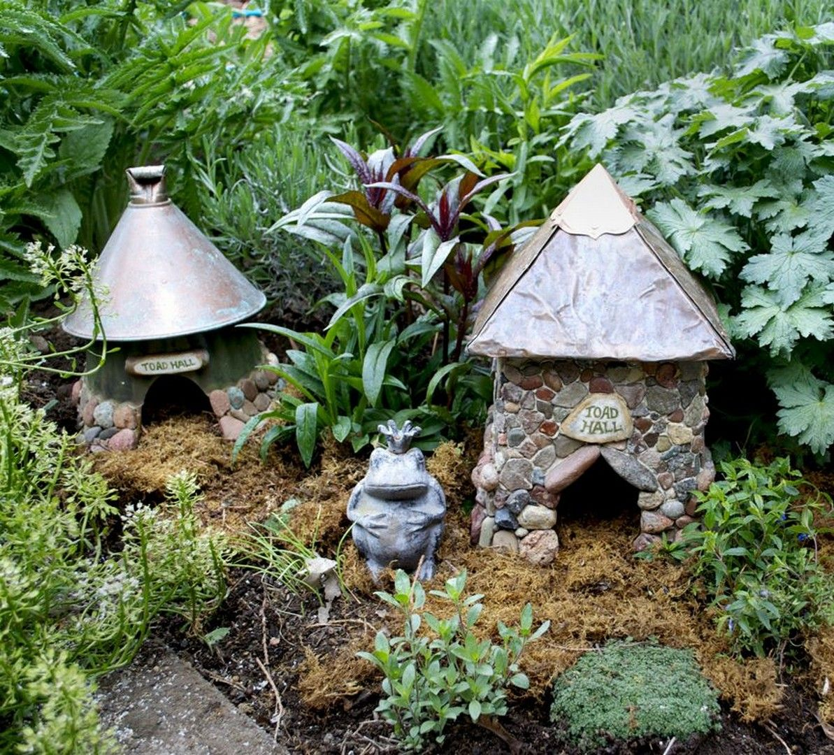 31 frogs in the garden and home httpswonderfulbackyard