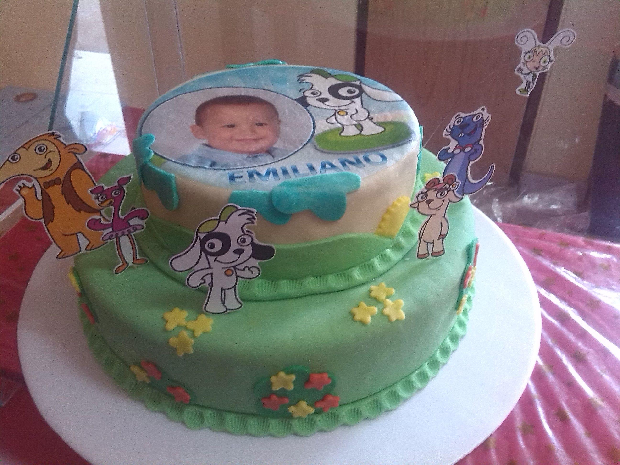 Pasteleria denaranjo torta con decoracion mixta mazapan for Decoracion de tortas infantiles