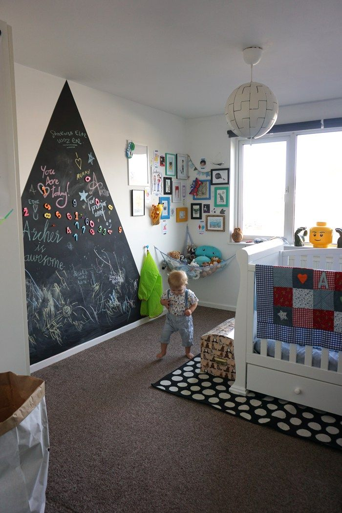feature-wall-nursery-mountains-archers-bedroom-after