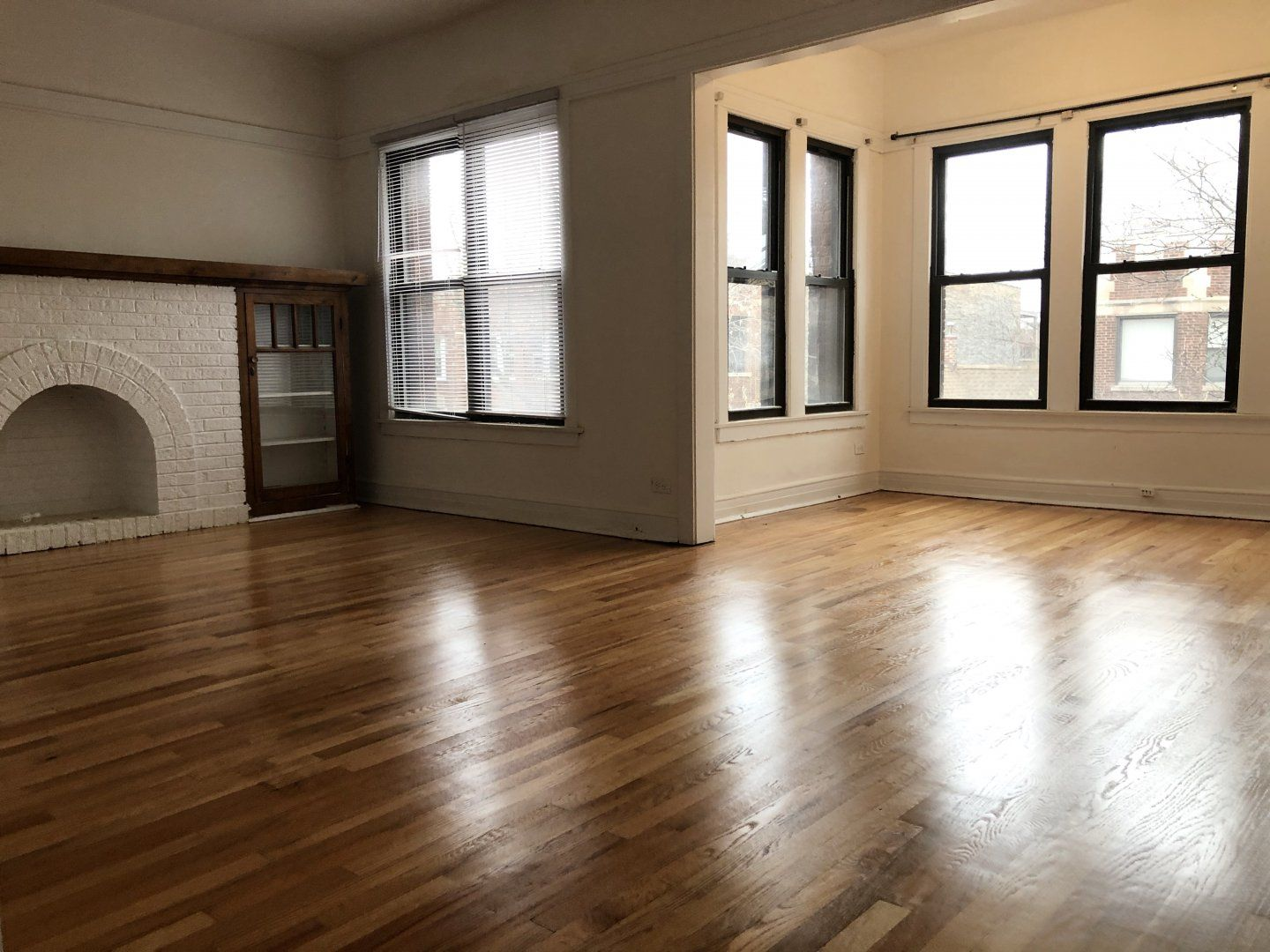 Andersonville Apartments For Rent 2 Bedroom, 1 Bathroom