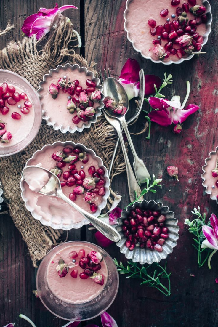 Pots de creme with Rose and pomegrenate