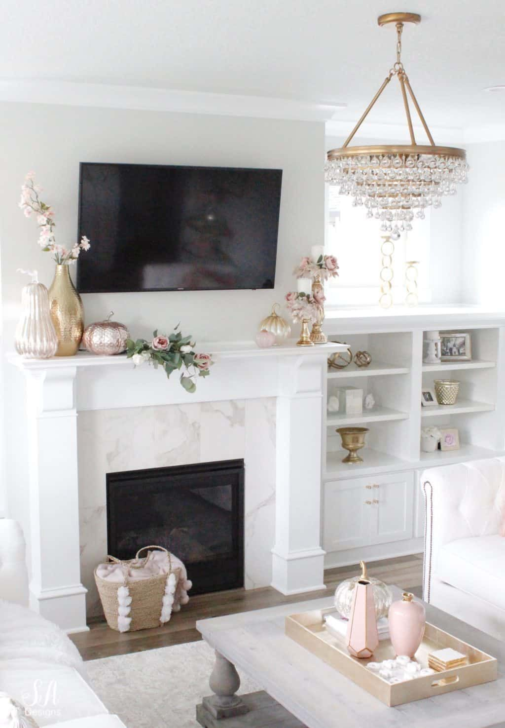 Decorating A Mantel With A Tv Above It Keep It From Loo