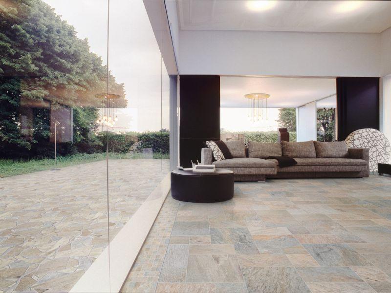 Interno ed esterno di una casa con pavimentazione effetto for Interno di una casa