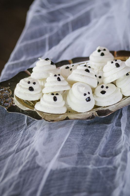 Meringue ghosts are the perfect treat for a Halloween dessert table - halloween baked goods ideas