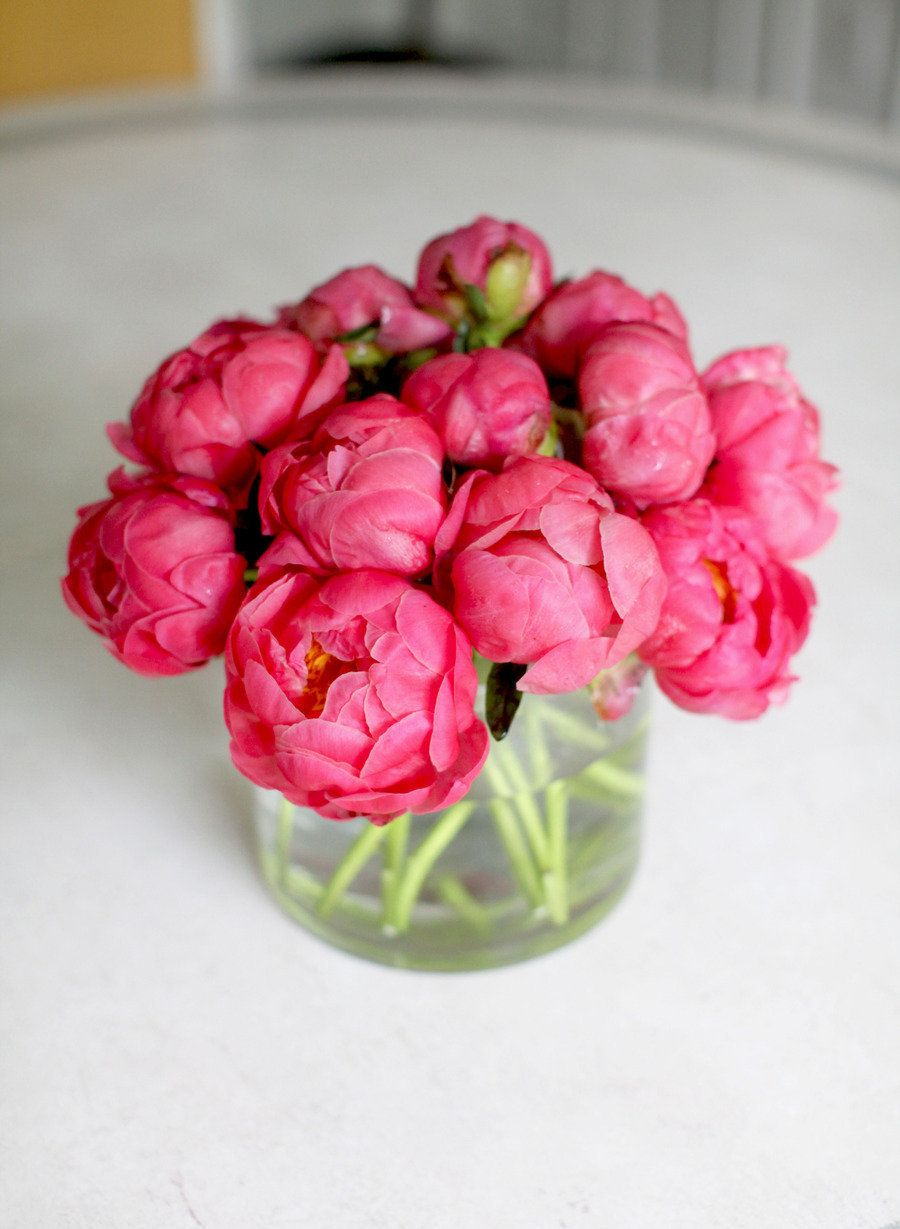 Photography by smpliving.com  Read more - http://www.stylemepretty.com/2013/05/28/diy-flower-arrangement-peonies-3-ways/