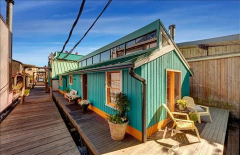 pontoon houseboat kits for sale 1960 s seattle houseboat for sale houseboat pinterest. Black Bedroom Furniture Sets. Home Design Ideas