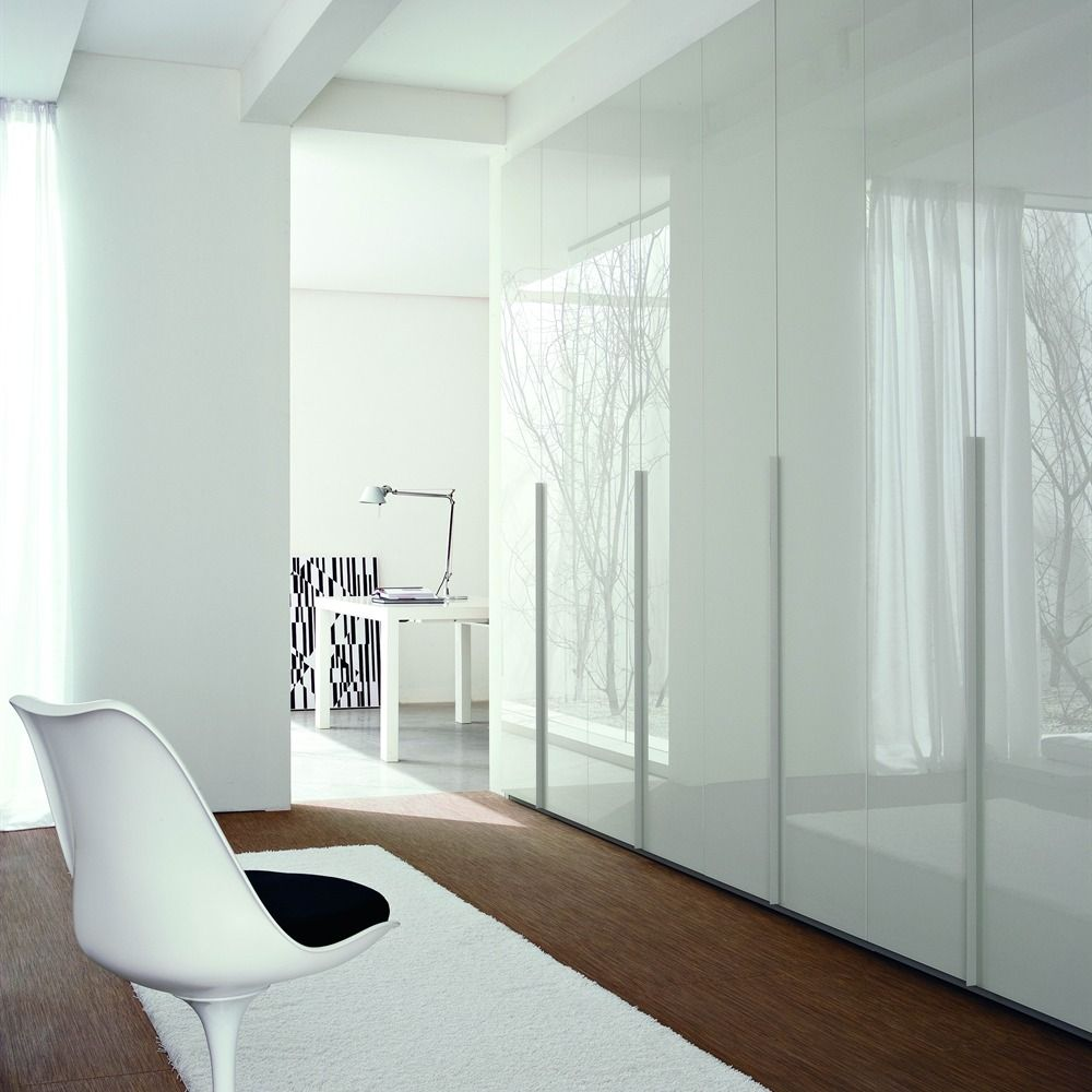 Neatsmith white lacquered glass door wardrobe for Bedroom cupboard designs and colours