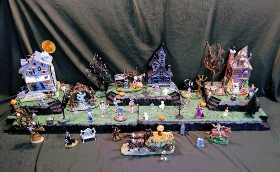 Huge 4ft Halloween Village Display Platform for Lemax Spooky Town, Department 56, Pumpkin, Witches