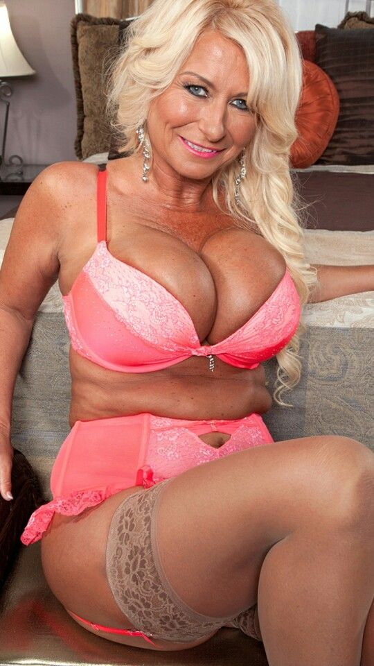 Mature Housewives Video 80