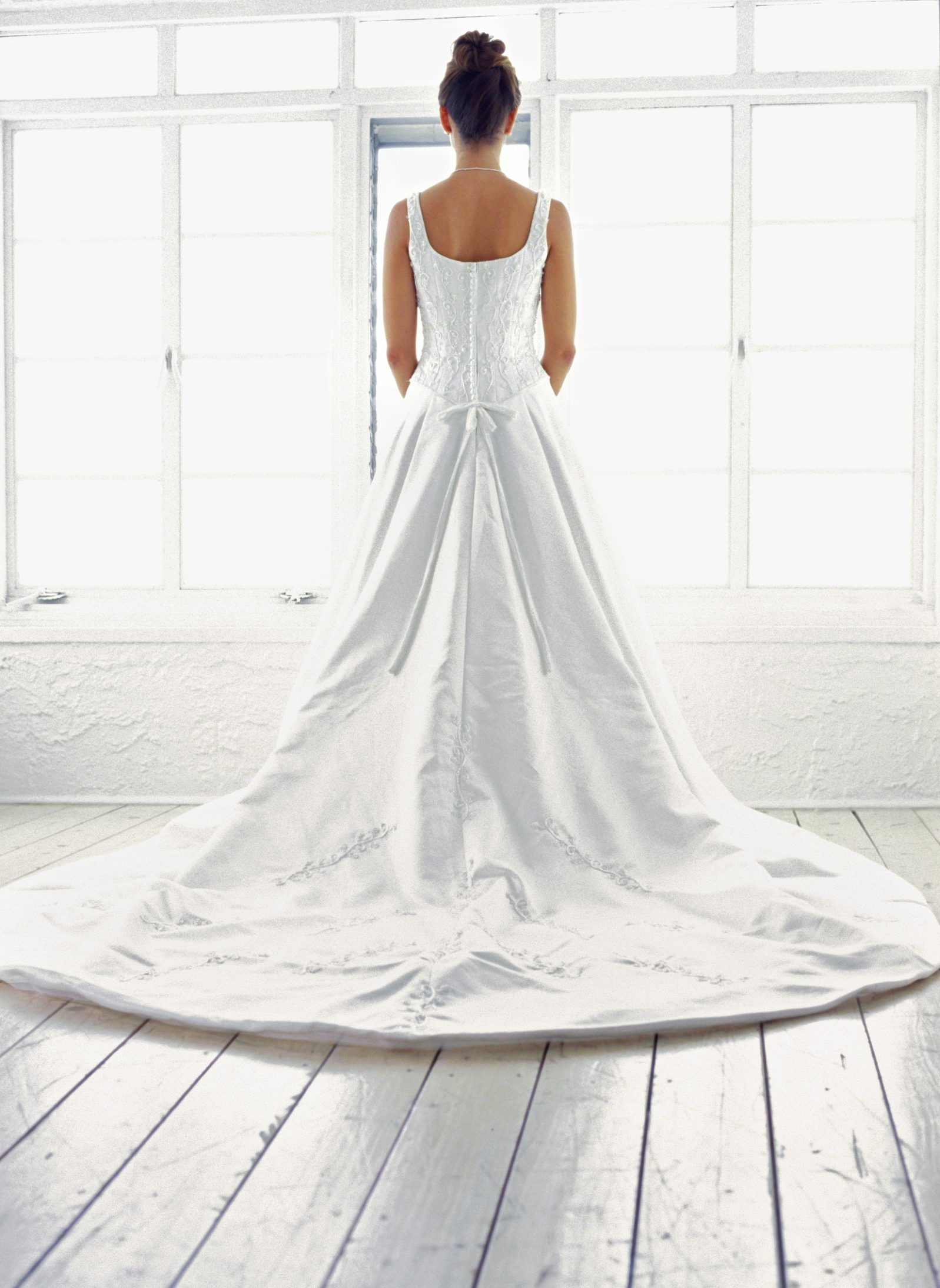 How To Make A Bustle Without Sewing A Bustle Is A Beautiful Way To Gather The Extra Fabric At Wedding Dress Train Wedding Dress Bustle Making A Wedding Dress