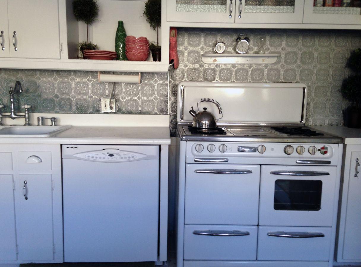 line up seams | Kitchen | Pinterest | Tin tile backsplash