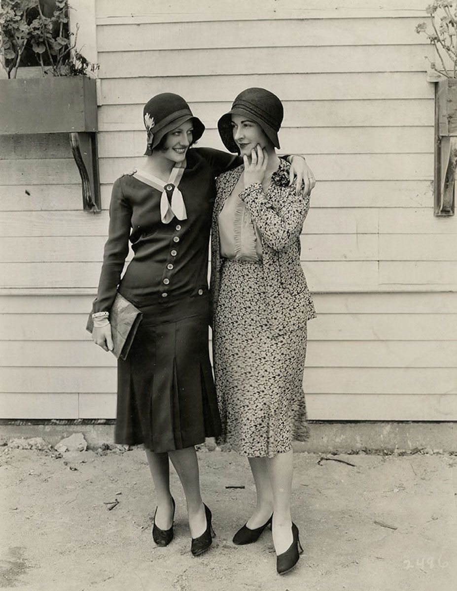 Joan Crawford and Kay Hammond, 1920s [927px × 1,20