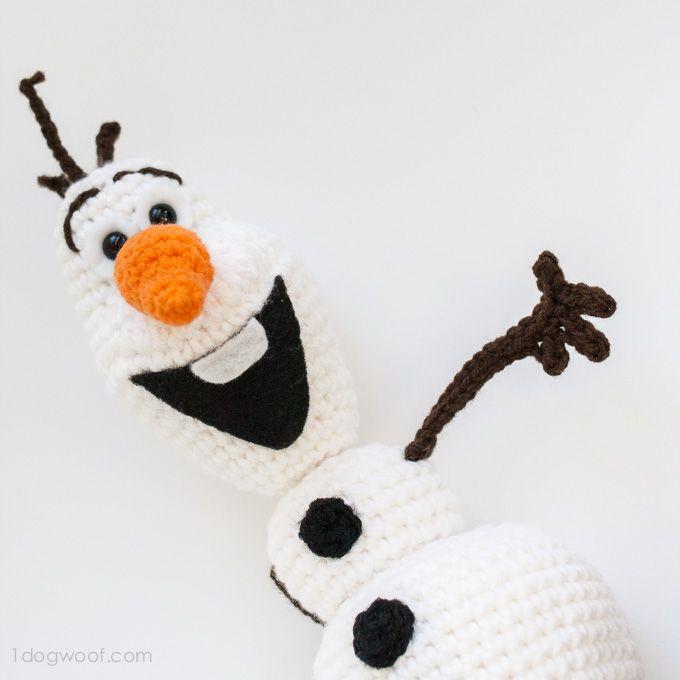 Ik hou van zijn glimlach!  Schattige Olaf Bevroren haakpatroon en het is GRATIS!  |  www.1dogwoof.com