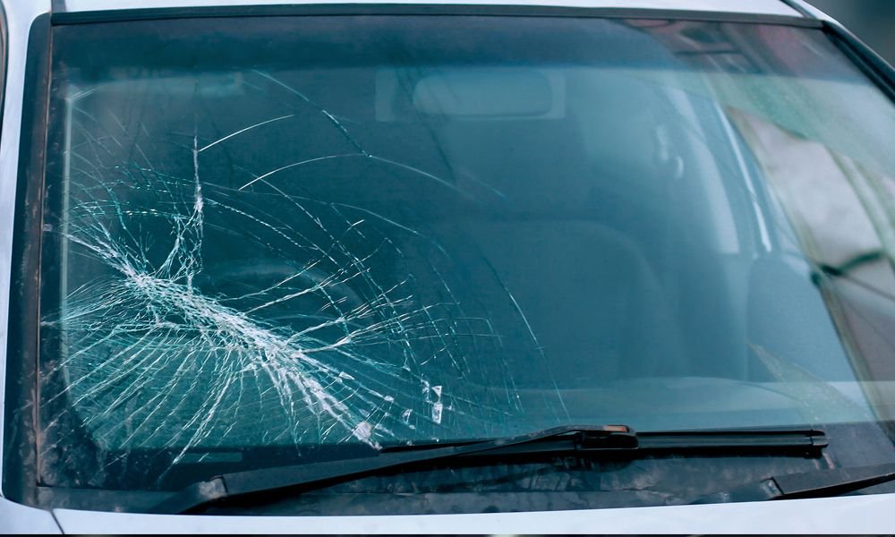 Damaged your car windshield or door glass? we offer full
