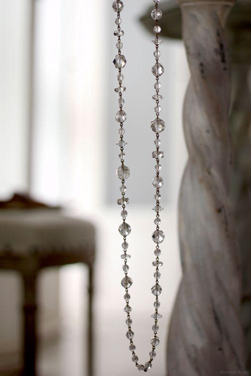 """Photo of ヴィンテージクリスタルのロングネックレス   Salon de Bijoux Redouté """"ルドゥテ"""""""