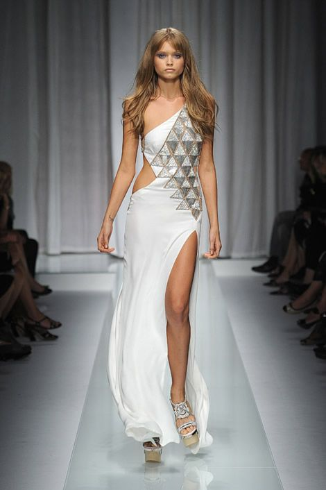 Versace wedding dresses2 | Designer Wedding Gowns | Pinterest ...