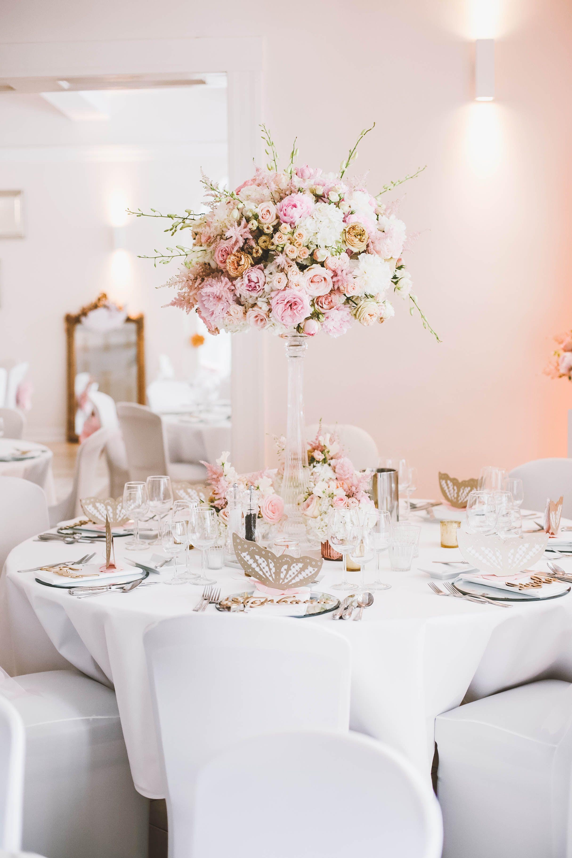 Blumendeko Hochzeit Rosa