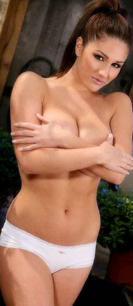 Hot nude big boobs pic from pinterest
