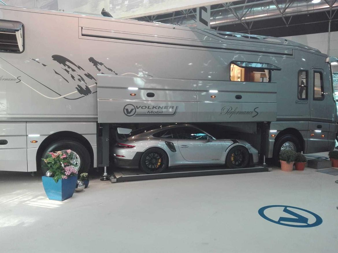 Photo of The perfect camper for petrolheads addicted to motorsport