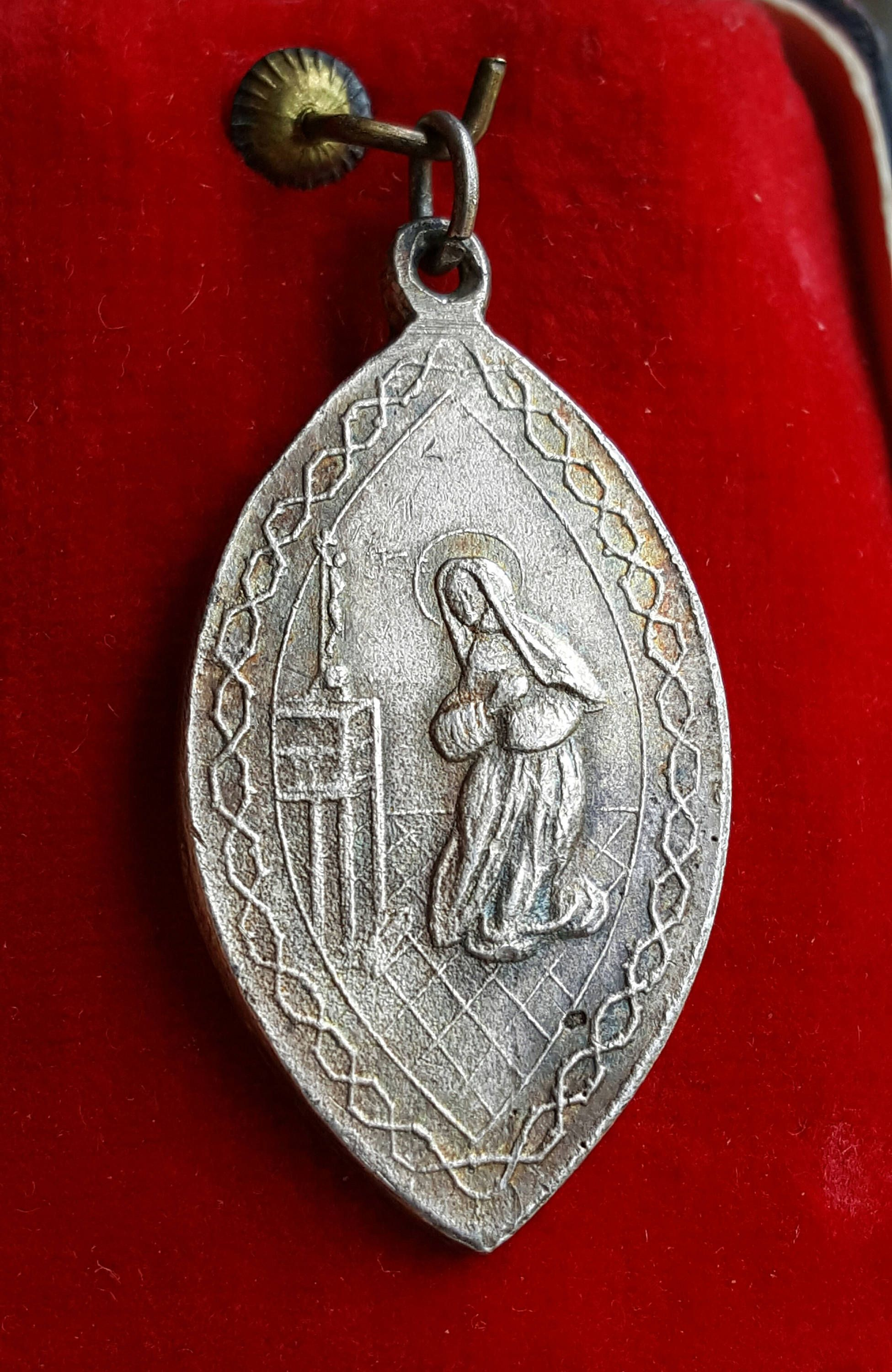 jewelry il medallion fullxfull saint s coup golden p crux sp religious benedict benedicti necklace