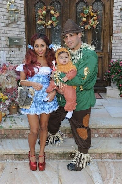 Halloween Costumes For Family Of 3 With A Baby.Family Baby Halloween Costumes Google Search Halloween