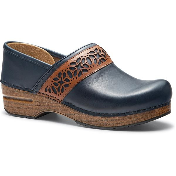 9e841b972a Dansko Pavan Clogs - from Signals catalog, size 10. Also comes in brown.