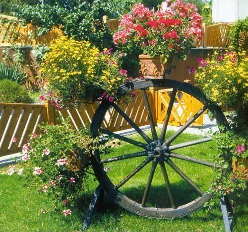 20 Unique Garden Design Ideas to Beautify Yard Landscaping ...