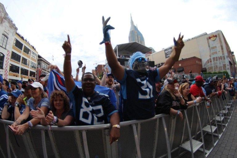 2019 NFL Draft Nashville fan photos Nfl draft, Nfl, Photo