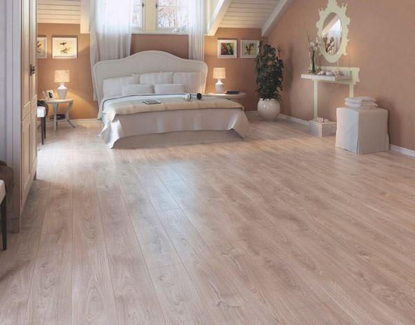 Vieni a scoprire la vasta offerta di pavimenti in laminato for Mobili di design in offerta