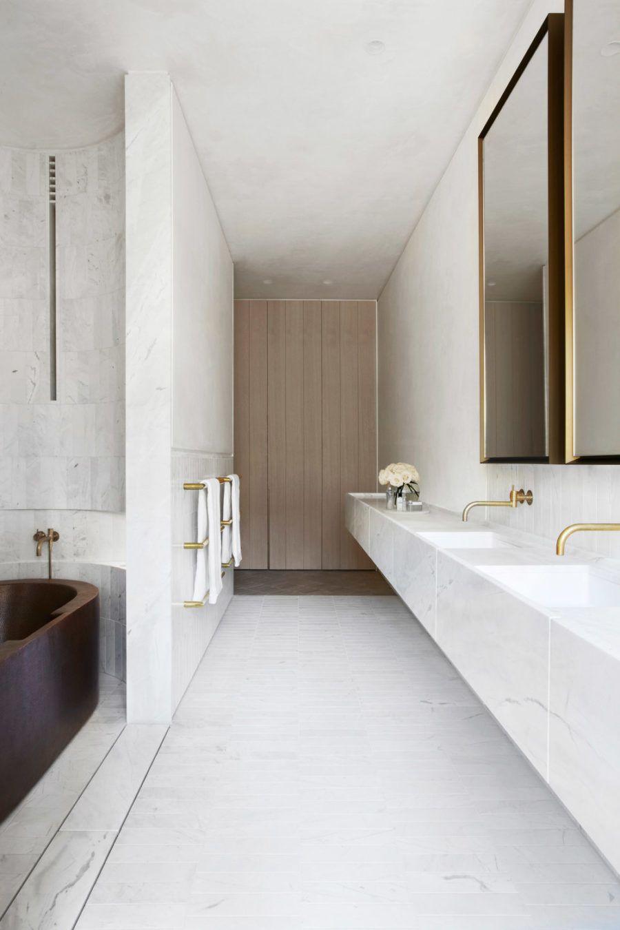 Big Bathroom Mirror Trend in Real Interiors | Помещения: Ванная ...