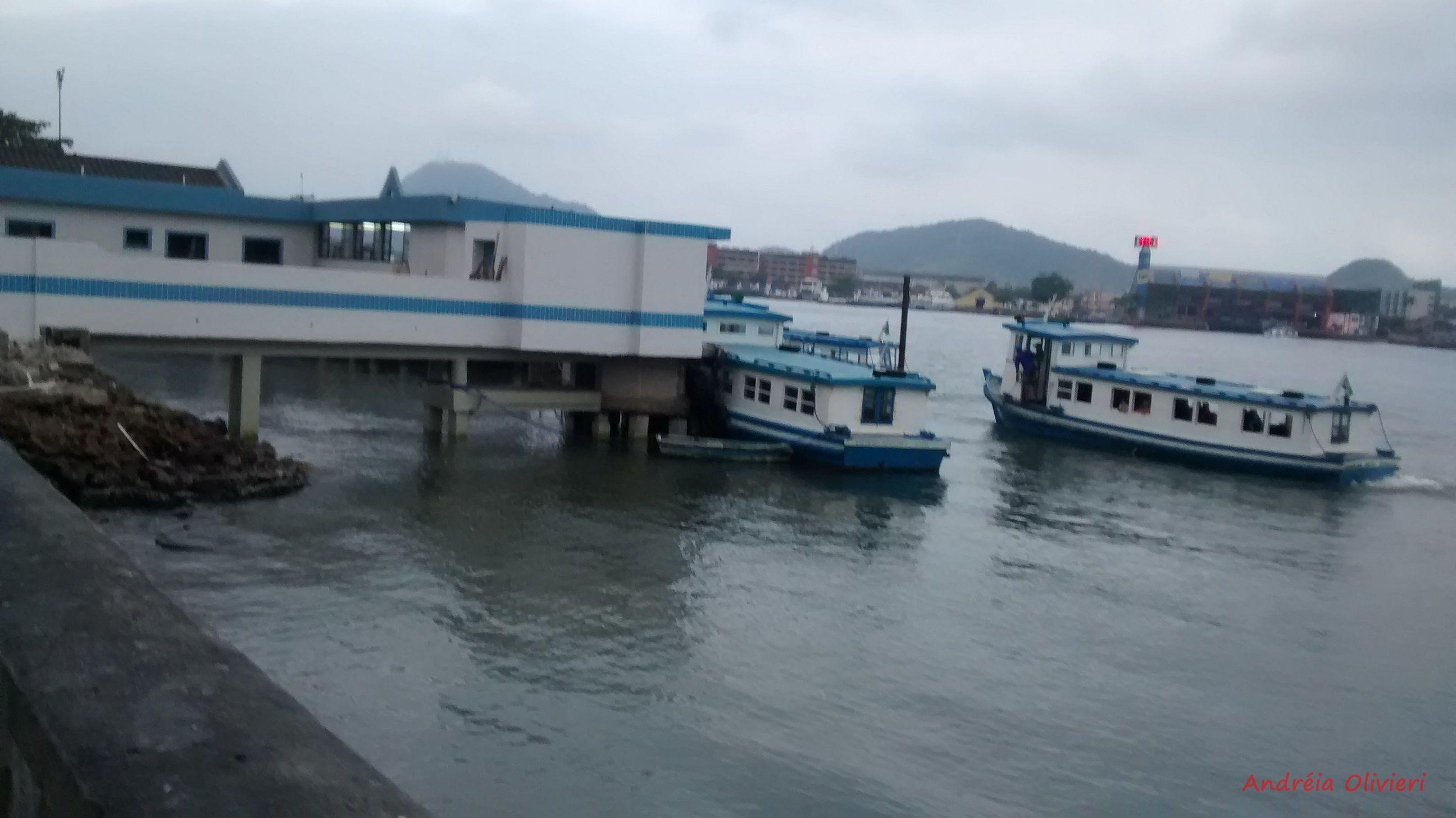 Estação das barcas -Travessia Santos Guarujá - Ponta da praia