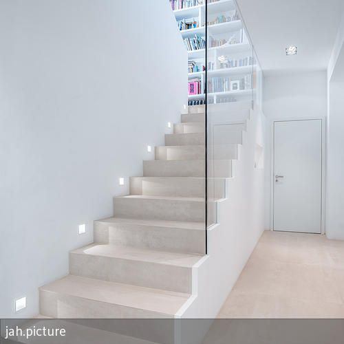 treppe house treppe haus treppe und treppenhaus. Black Bedroom Furniture Sets. Home Design Ideas