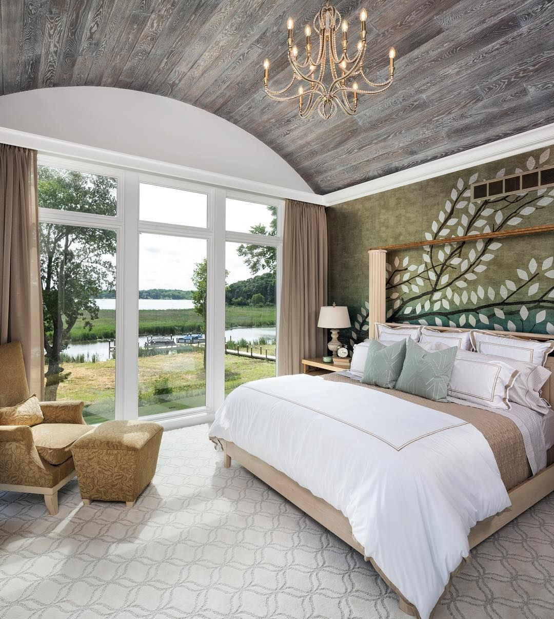 True tranquility in this master suite