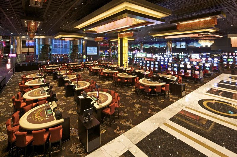Star city casino restaurants is casino royale a remake