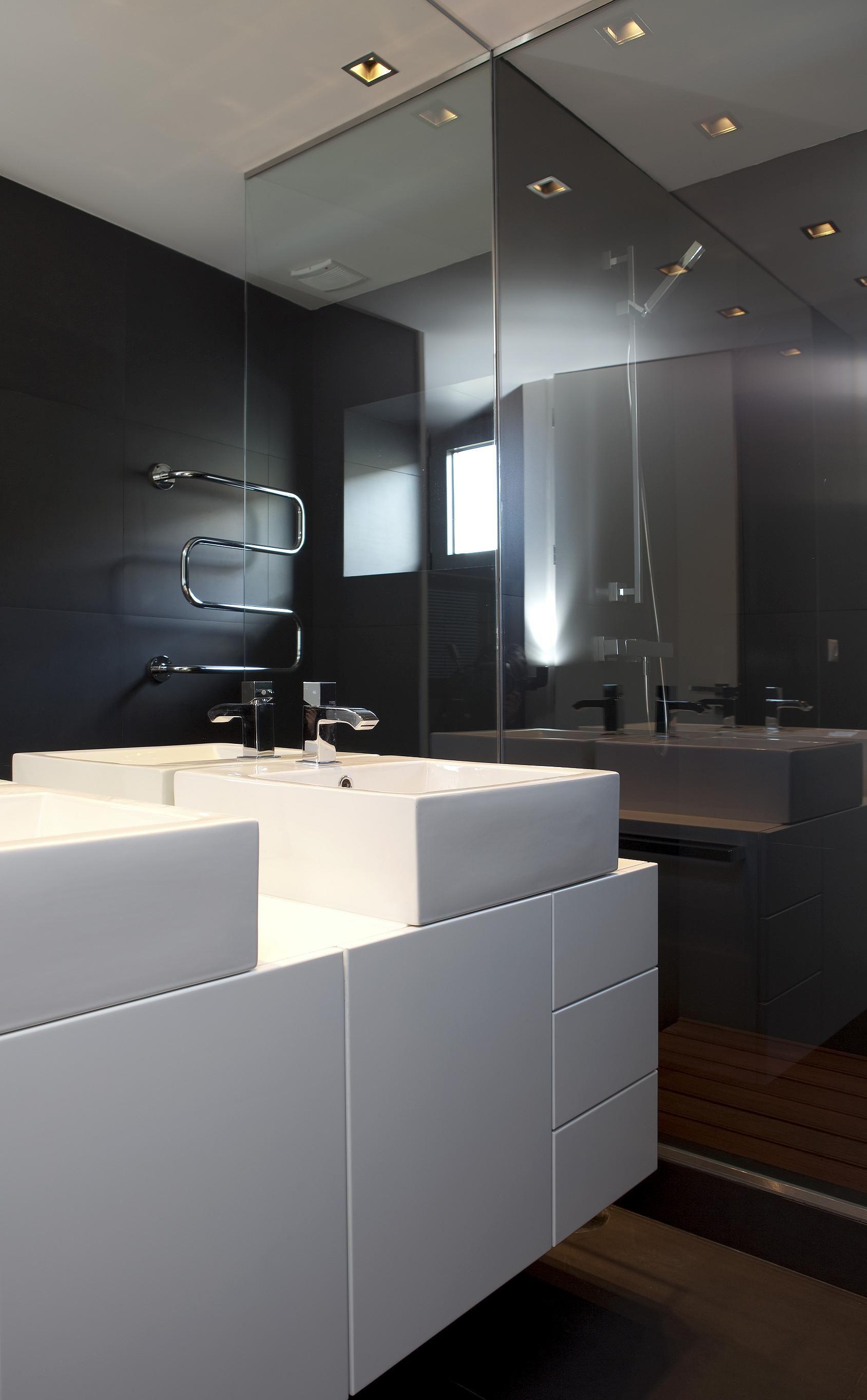 Quarto de banho. Interiores, Remodelação, Espelho para