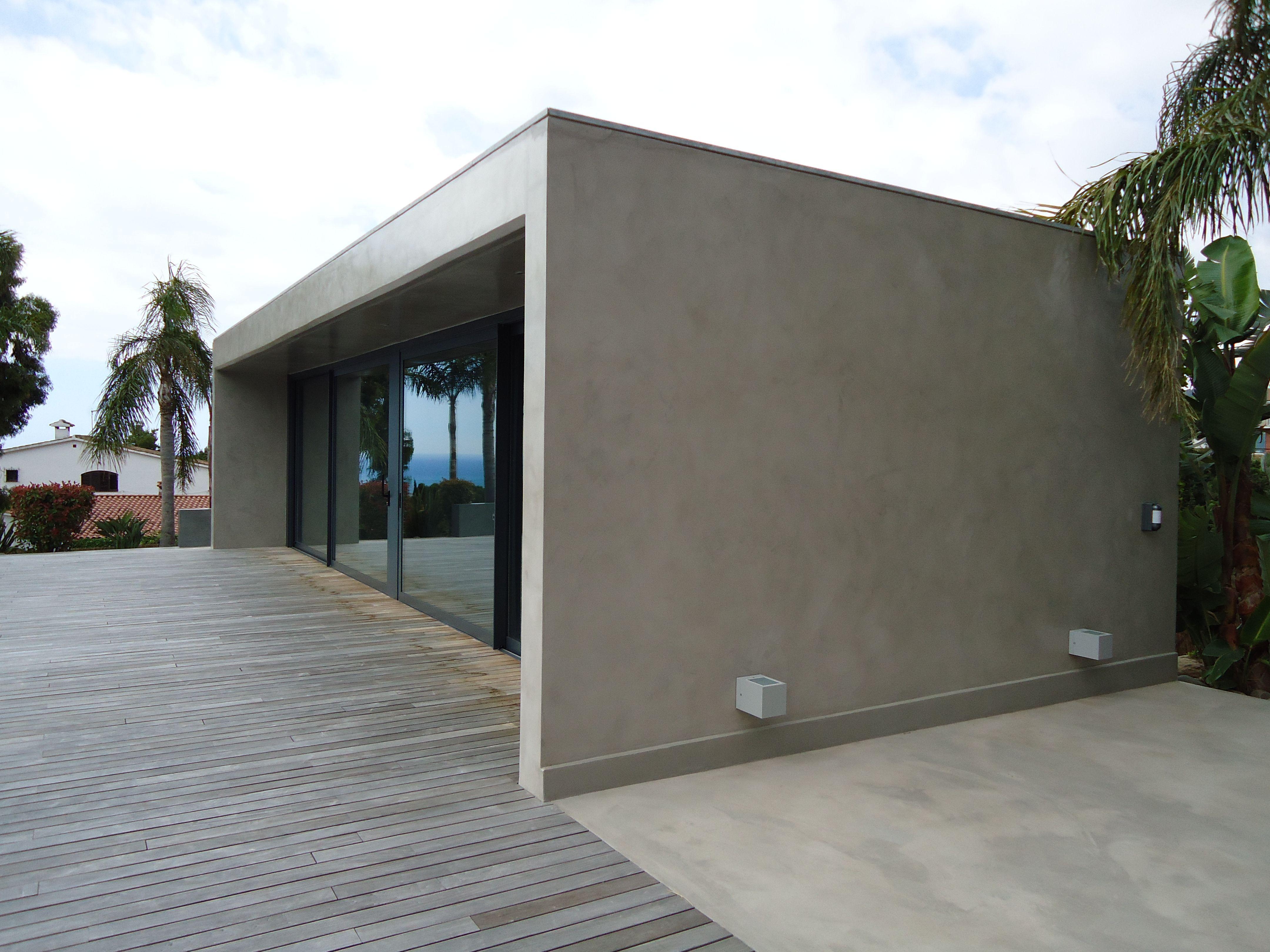 Fachada de microcemento gris acero fachada microcemento en 2019 house house styles y stair - Microcemento que es ...