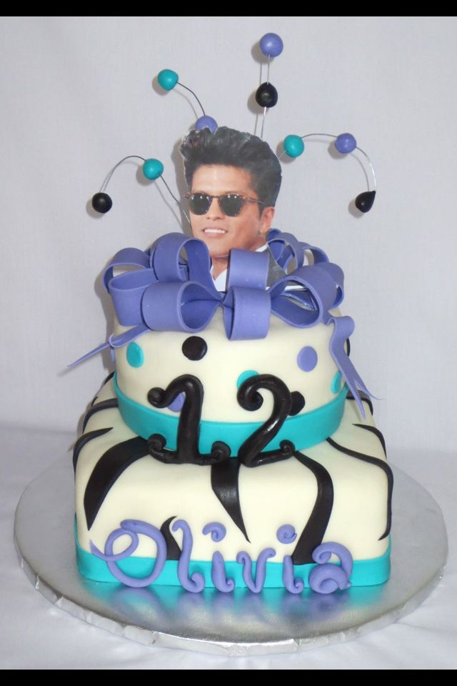 Bruno Mars Birthday Cake SweetsTreats Cakes Pinterest Bruno - Adam levine birthday cake