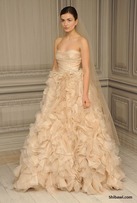 Monique Lhuillier- Blush Wedding Dress (Waltz) | Something old ...