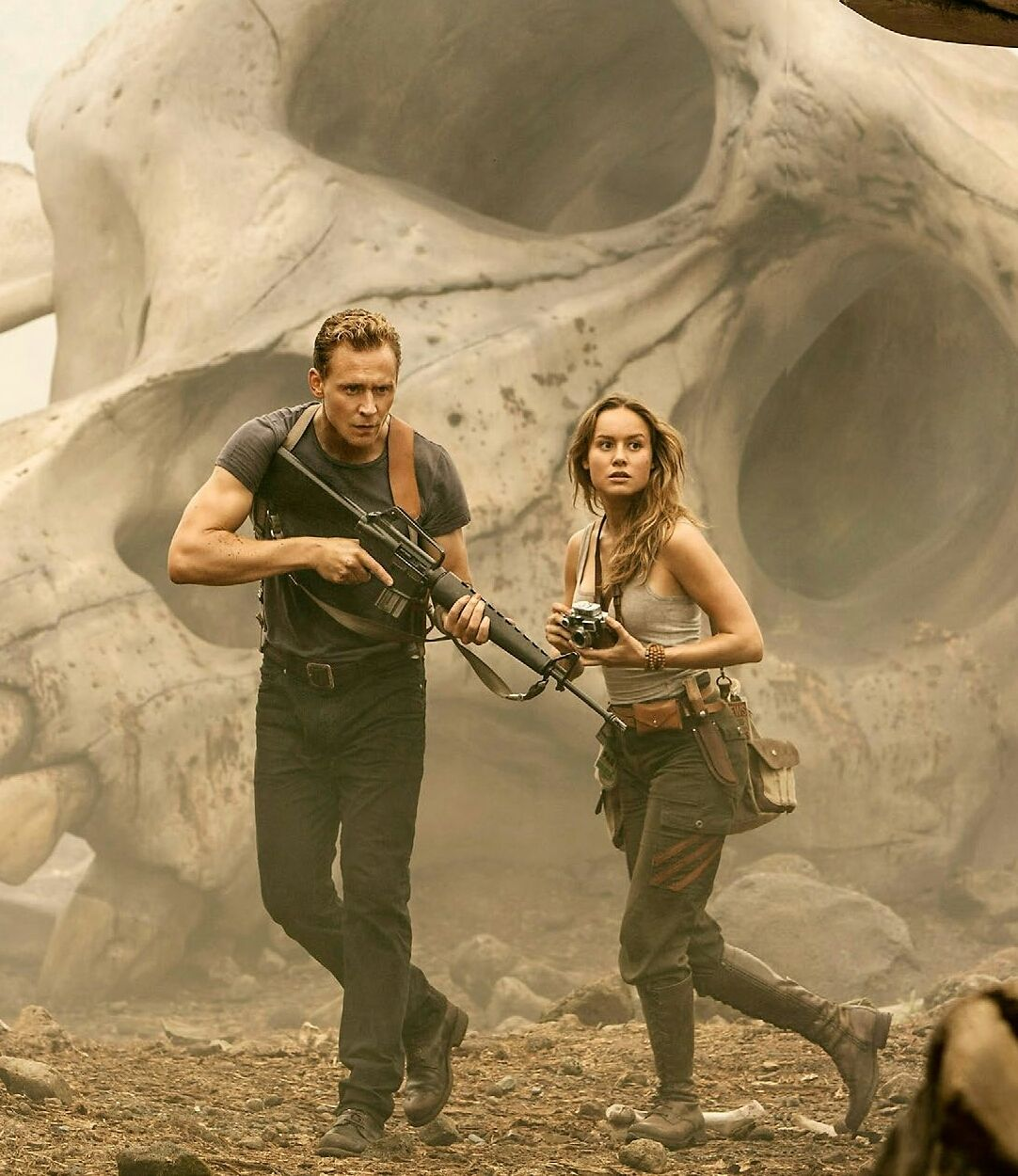 Tom Hiddleston and Brie Larson are way over someone else's head in Kong: Skull Island.
