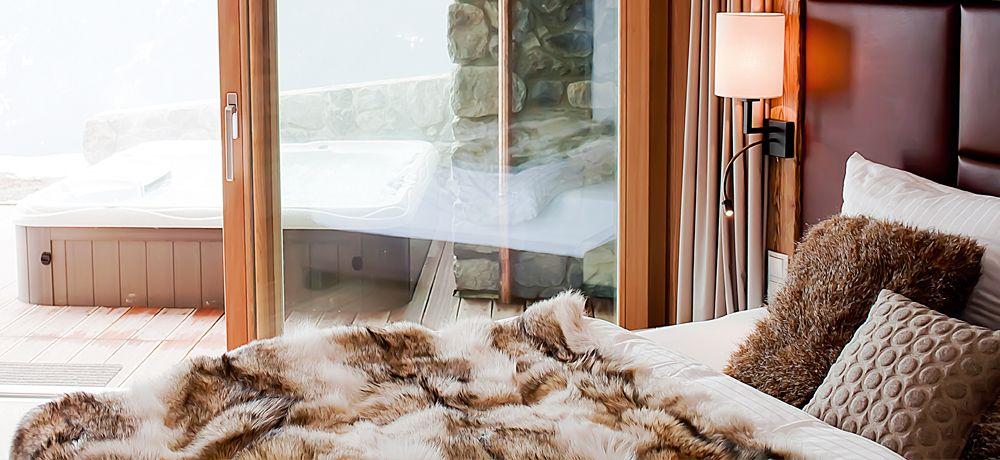 Schlafzimmer und Whirlpool | Alpine Hotels | Pinterest | Schlafzimmer