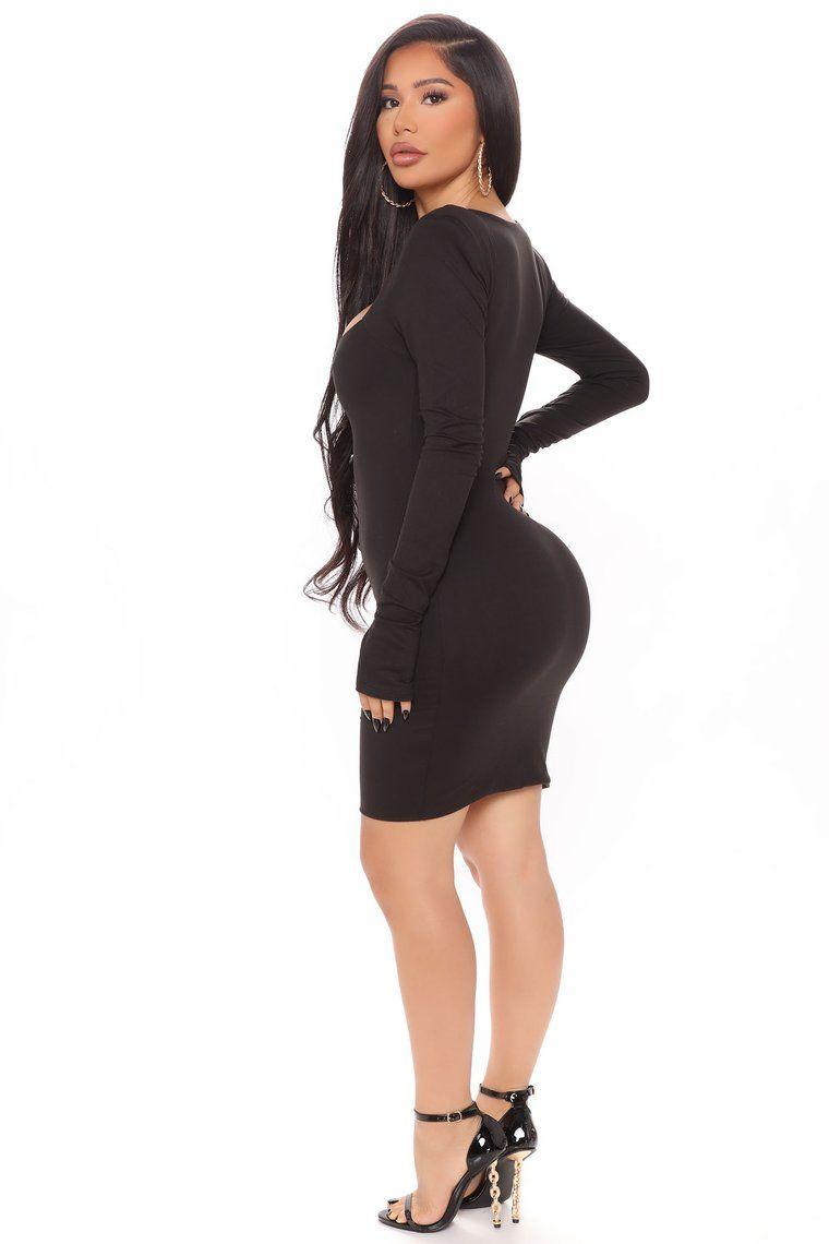 Powerful Moves Shoulder Pad Mini Dress Black In 2021 Mini Black Dress Fashion Nova Outfits Dresses [ 1140 x 760 Pixel ]