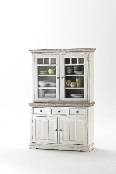 Rustikale weiße Vitrine Elsa I mit Glastüren #weiß #möbel - wohnzimmer landhausstil weiß