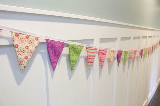How To Sew A Simple Double Sided Diy Pennant Banner Diy