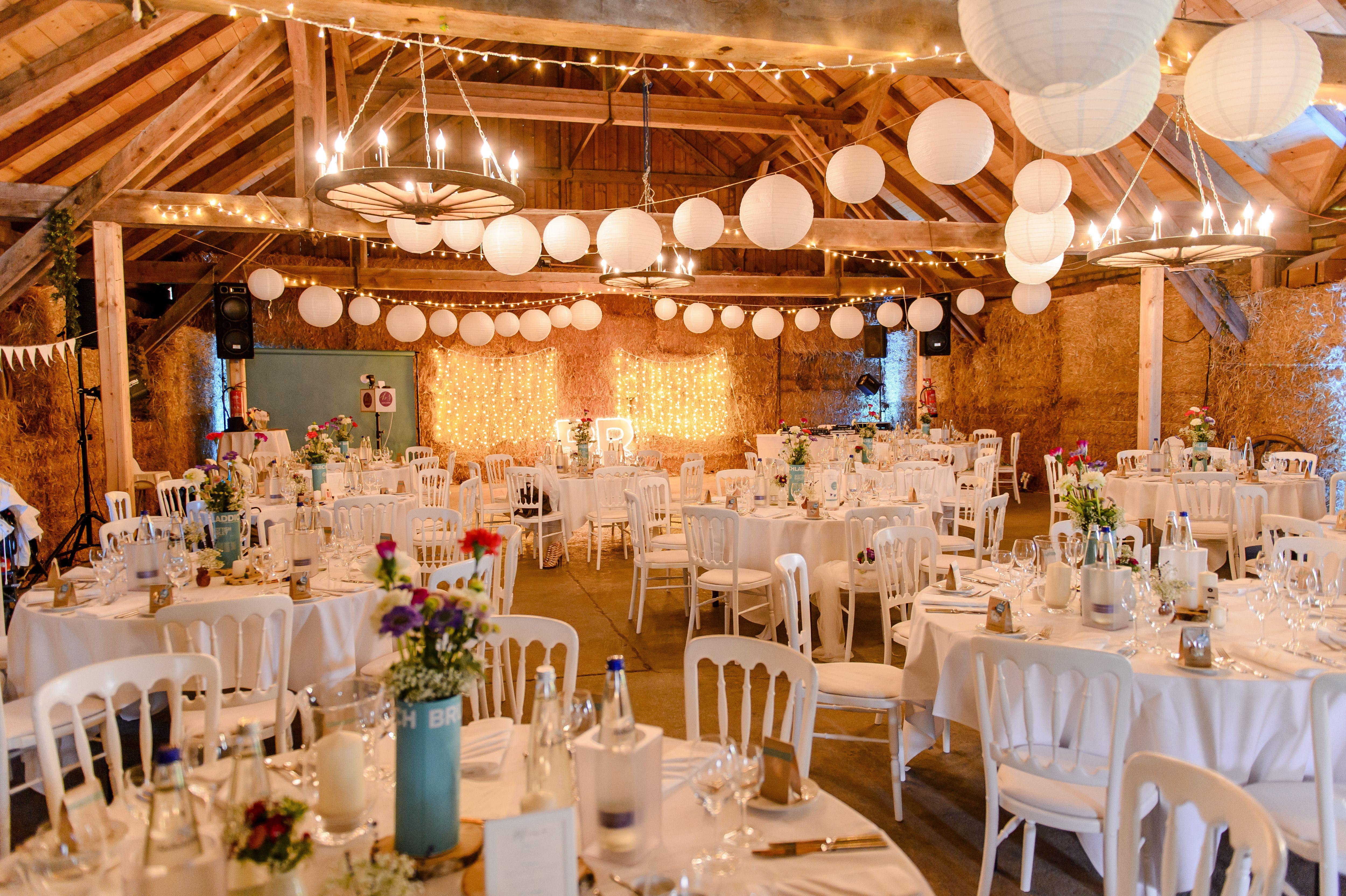 Eventscheune Wallenburg Bayern  Wedding Locations in