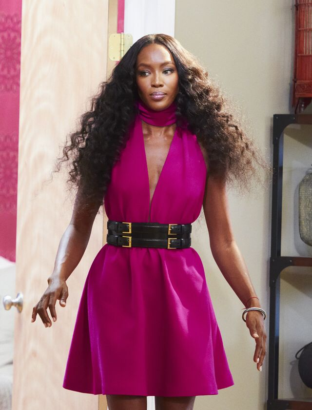 Mrs Naomi Campbell Wearing A Fabulous Fuchsia Alexander Mcqueen Dress With A Black And Gold Mcqueen Belt On The Face Show