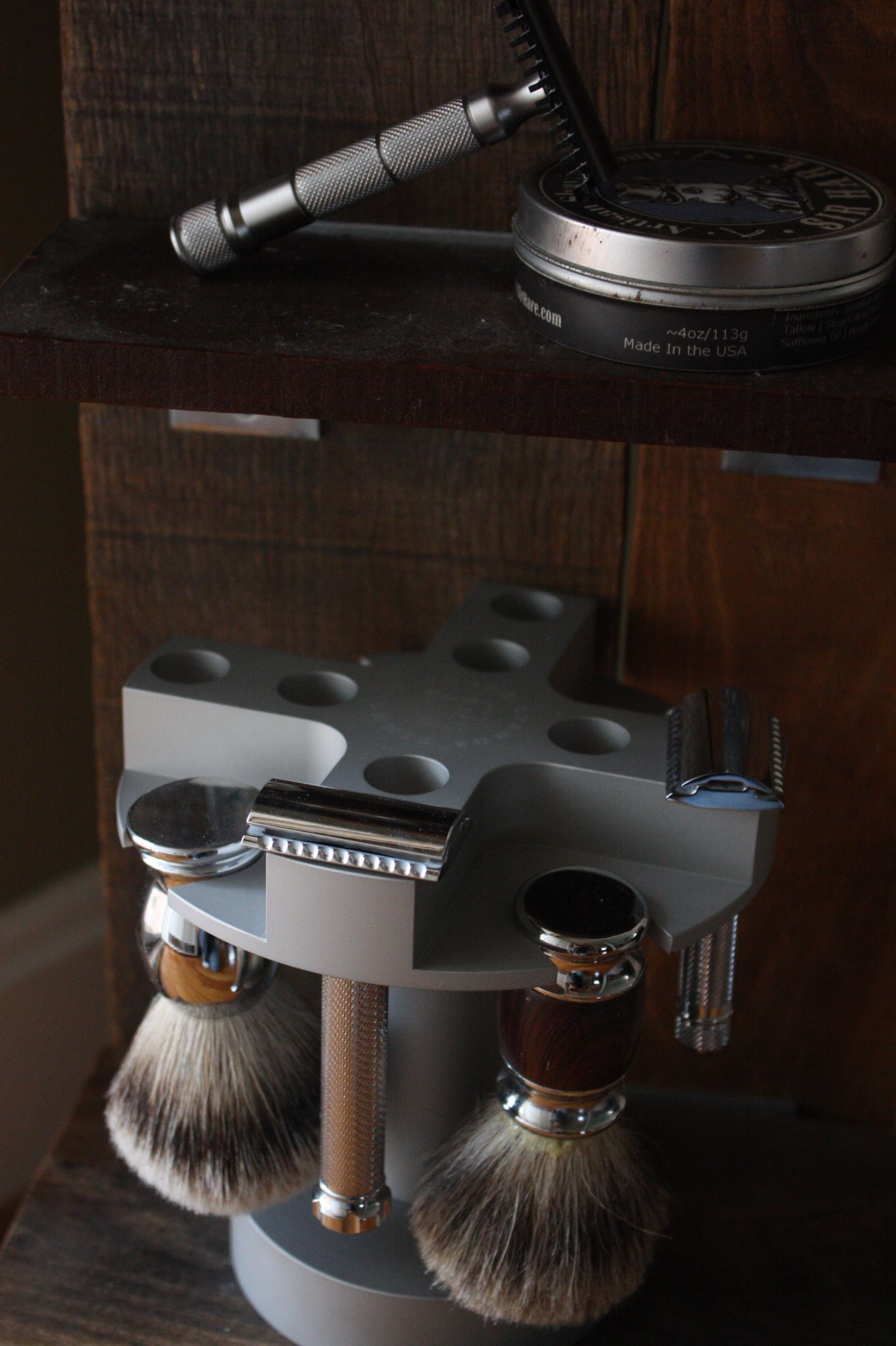 Best way to store multiple safety razors and shave brushes
