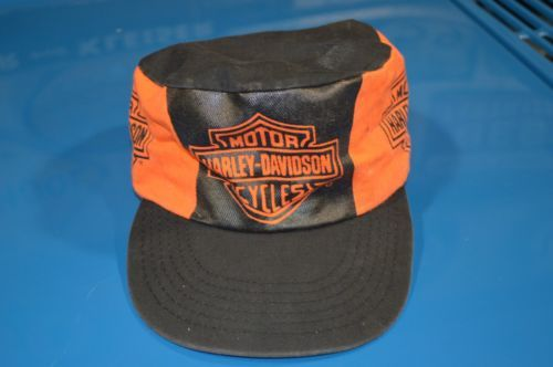 fde8cd868be Vintage Official HARLEY DAVIDSON MOTORCYCLES Logo Flat Top Painters Hat    Cap