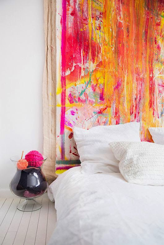 Big Piece Of Art Behind Bed Instead Of Headboard Home Decor Bedroom Design Canvas Headboard