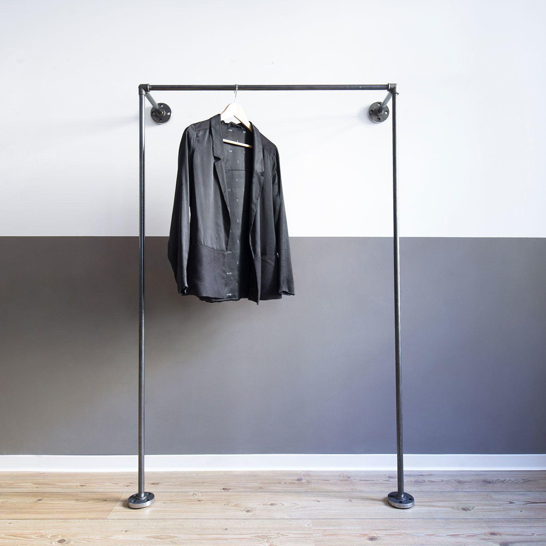 offener kleiderschrank offene garderobe mono low home decor in 2019 kleiderschrank. Black Bedroom Furniture Sets. Home Design Ideas